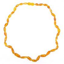 Borostyán nyaklánc, csiszolt 8-16x6x5 mm babszem forma, méz színű, 45 cm