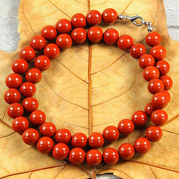 Piros jáspis, golyós, 10 mm, 50 cm-es nyaklánc