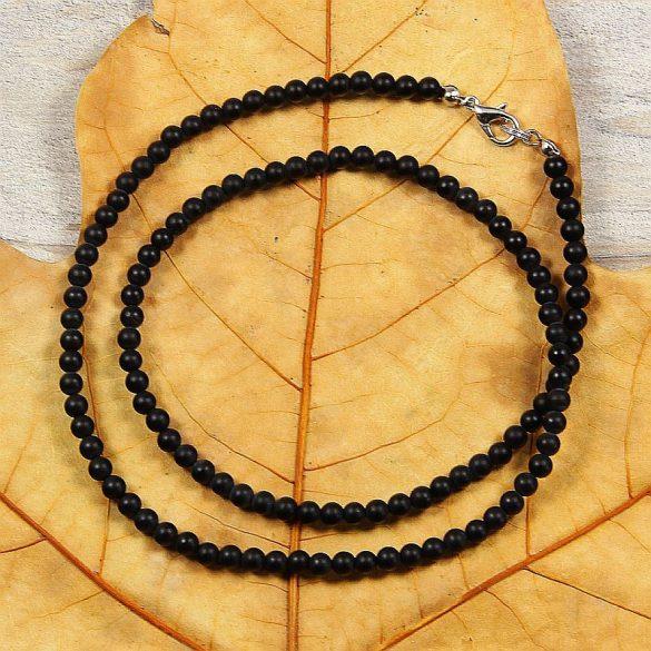Ónix (matt), golyós, 4 mm, 50 cm-es nyaklánc