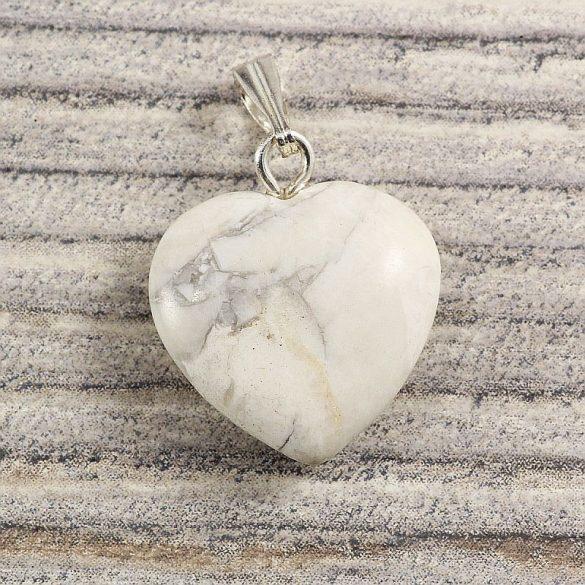Szív medál, howlit, 15 mm