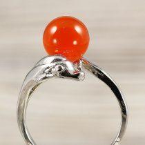Ásvány gyűrű (2), delfines, karneol, kb. 8 mm
