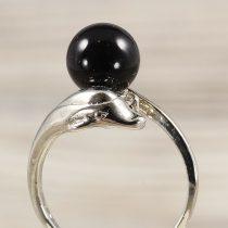 Ásvány gyűrű (2), delfines, ónix, kb. 8 mm