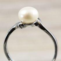 Tenyésztett gyöngyös gyűrű-1, fehér