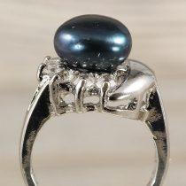 Tenyésztett gyöngyös gyűrű-3, holdas minta, fekete
