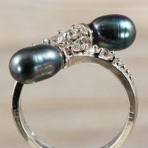 Tenyésztett gyöngyös gyűrű-4, 2 gyöngyös, fekete