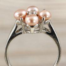 Tenyésztett gyöngyös gyűrű (4), virág, sötétrózsaszín
