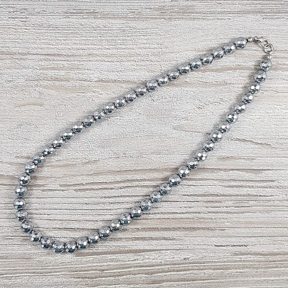 Hematit, fazettált golyós, ezüst, 8 mm, 40 cm-es nyaklánc