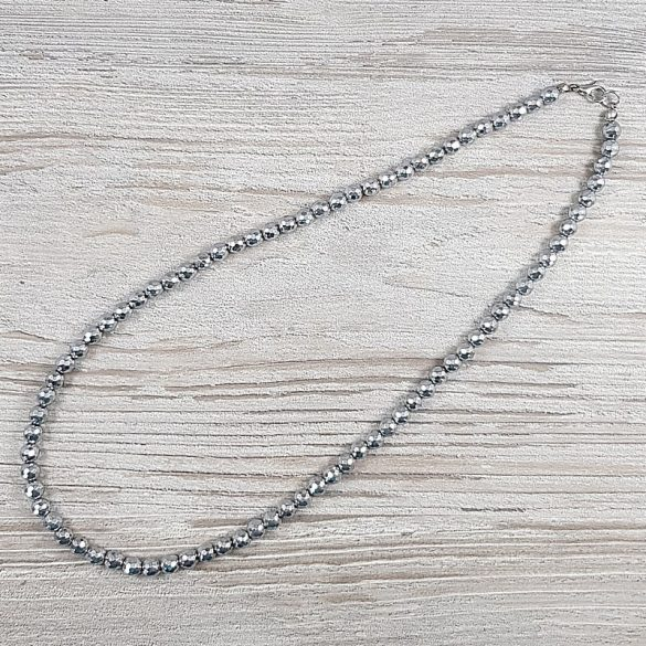 Hematit, fazettált golyós, ezüst, 6 mm, 50 cm-es nyaklánm, 5c
