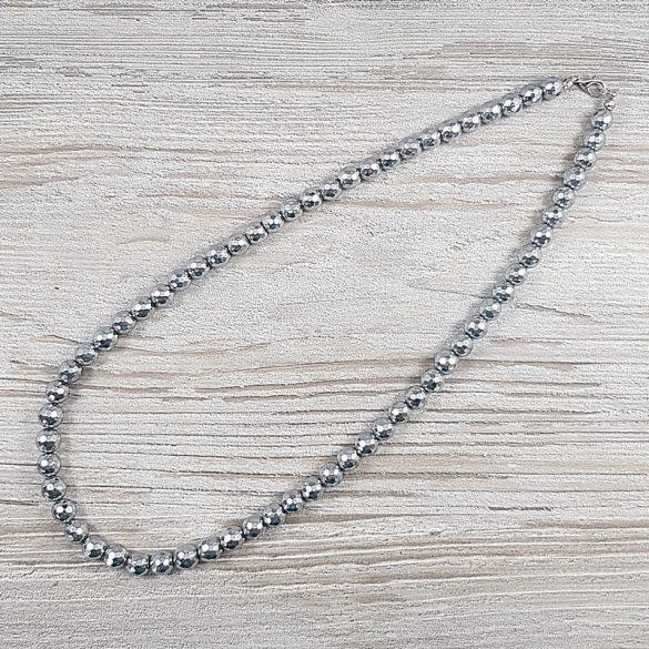 Hematit, fazettált golyós, ezüst, 8 mm, 50 cm-es nyaklánc