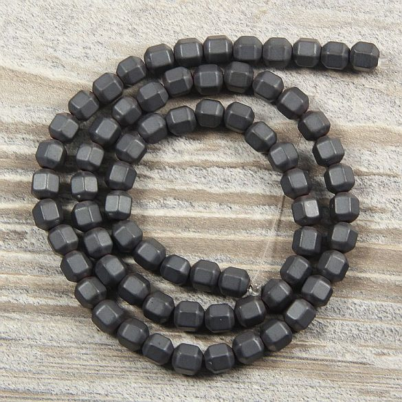 Hematit alapanyagszál, matt, hasáb, 5x6 mm, kb. 40 cm
