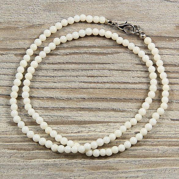 Bambuszkorall, golyós, fehér, 4 mm, 45 cm-es nyaklánc