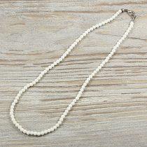 Bambuszkorall, golyós, fehér, 4 mm, 40 cm-es nyaklánc