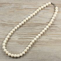 Bambuszkorall, golyós, fehér, 10 mm, 50 cm-es nyaklánc