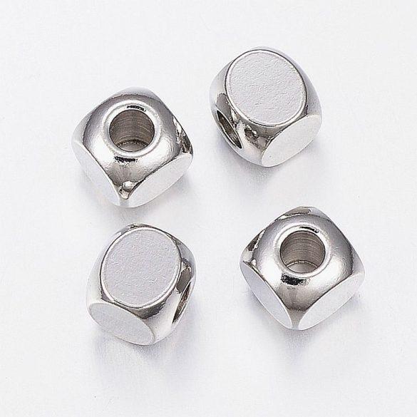 Nemesacél köztes dísz, kocka, 6x6 mm (10 db)
