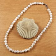 Barokk, fehér tenyésztett gyöngy nyaklánc, 8,5-9,5 mm, 45 cm