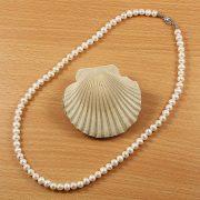 Potátó, fehér tenyésztett gyöngy nyaklánc, 6-6,5 mm, 45 cm (AA)
