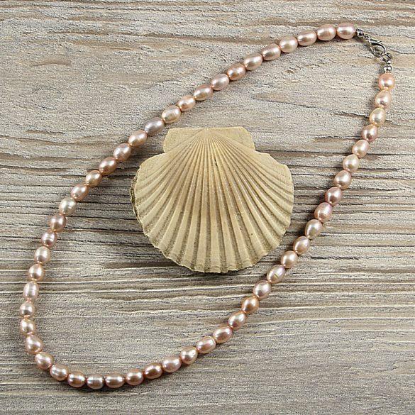 Rizsszemű, lila tenyésztett gyöngy nyaklánc, 7-8 mm, 45 cm