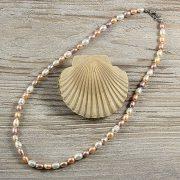 Rizsszemű, multicolor tenyésztett gyöngy nyaklánc, 6-7 mm, 45 cm