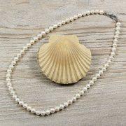 Potátó, fehér tenyésztett gyöngy nyaklánc, 6-7 mm, 40 cm (A)