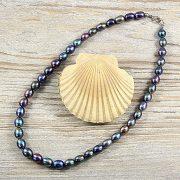 Rizsszemű, fekete tenyésztett gyöngy nyaklánc, 8-9 mm, 40 cm