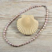 Rizsszemű, lila tenyésztett gyöngy nyaklánc, 5-6 mm, 40 cm