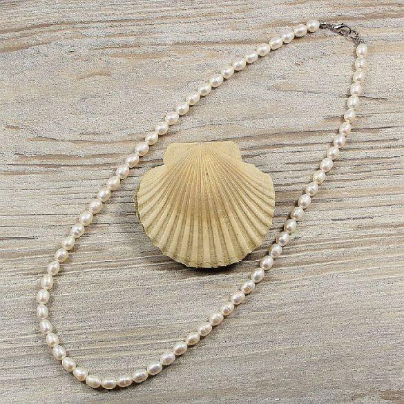 Rizsszemű, fehér tenyésztett gyöngy nyaklánc, 6-6,5 mm, 50 cm