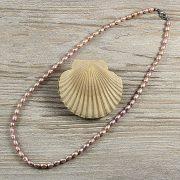 Rizsszemű, lila tenyésztett gyöngy nyaklánc, 5-6 mm, 50 cm