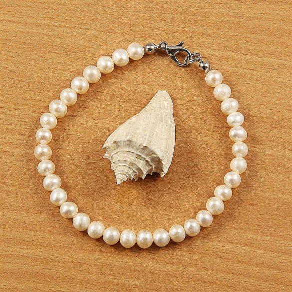 Potátó, fehér tenyésztett gyöngy karkötő, 5-6 mm