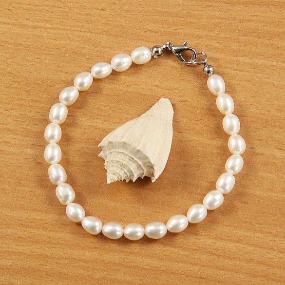 Rizsszemű, fehér tenyésztett gyöngy karkötő, 5-6 mm (AA)