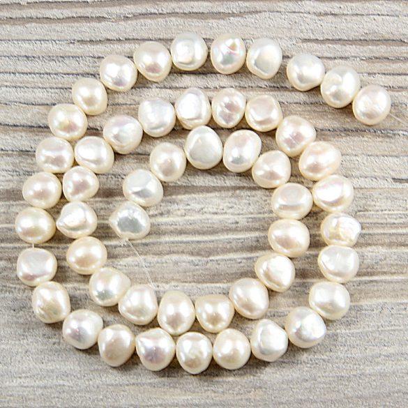 Barokk, fehér tenyésztett gyöngy alapanyagszál, 8,5-9,5 mm, kb. 40 cm