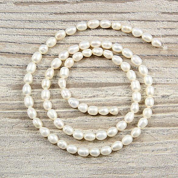 Rizsszemű, fehér tenyésztett gyöngy alapanyagszál, 4-5 mm, kb. 40 cm