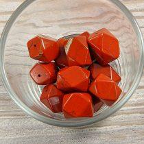 "Piros jáspis, ""Flinston"", kb. 12x17 mm"